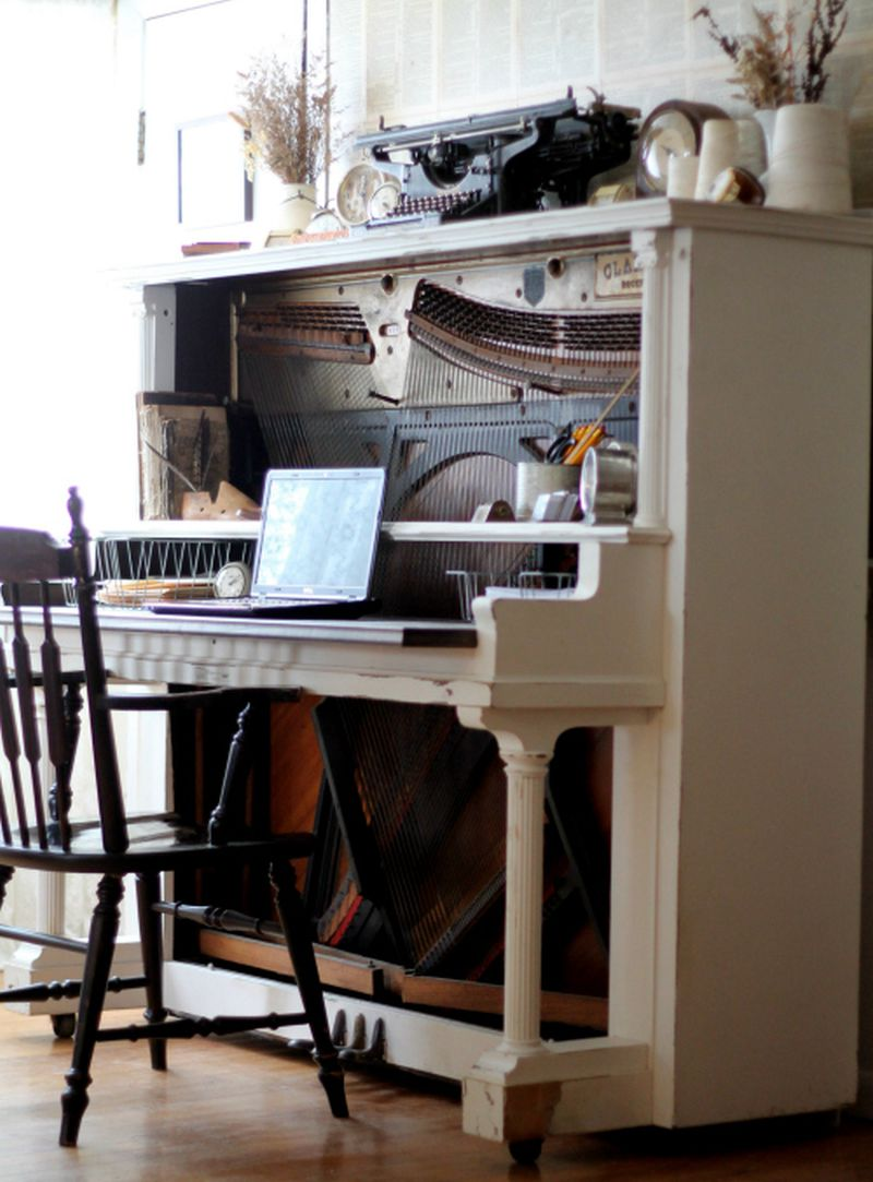 These repurposed old pianos are worthy home décor items for minimalists_3