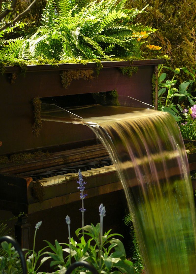 These repurposed old pianos are worthy home décor items for minimalists_4