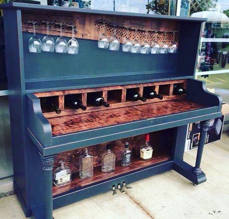 These repurposed old pianos are worthy home décor items for minimalists_8