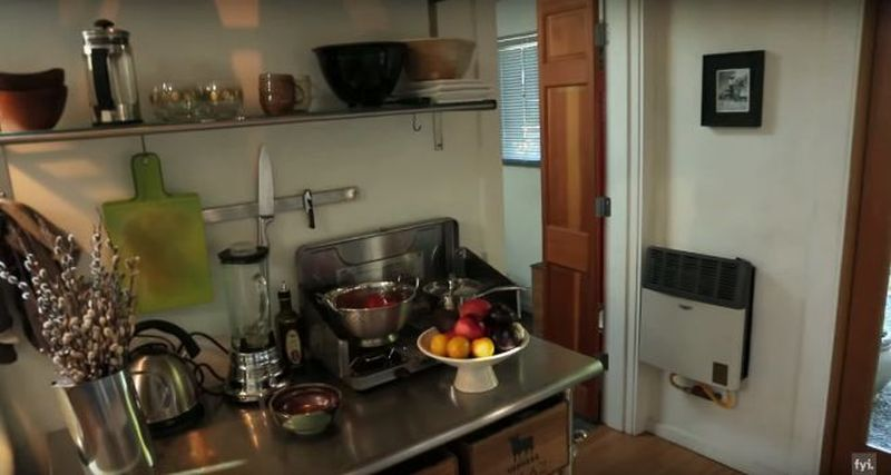 Artist transformed one-car garage into fully-functional tiny home