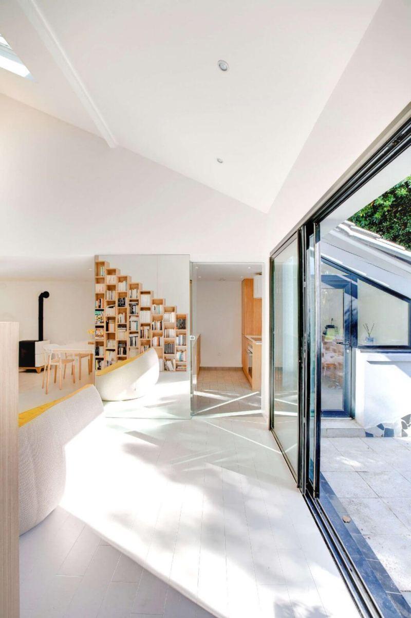 Bookshelf House by Andrea Mosca Creative Studio