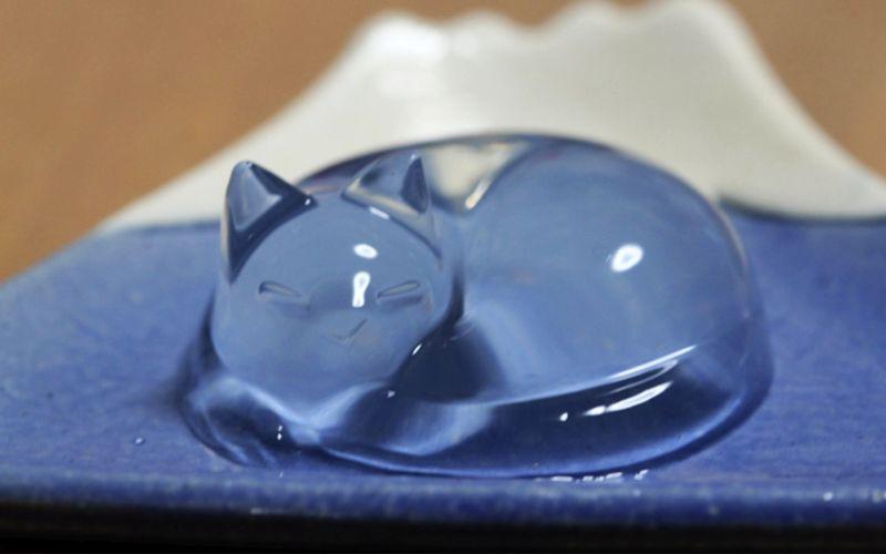 Cat-shaped Raindrop Cake