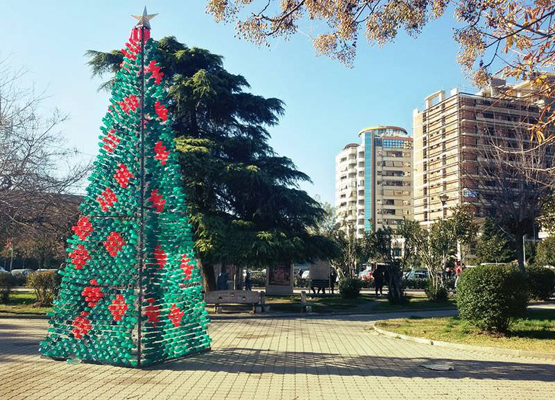 Christmas tree made by recycled plastic bottles by Elbasan citizens