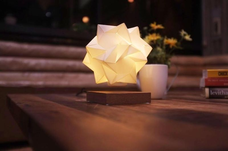 Star Shaped Floating Centerpiece Light