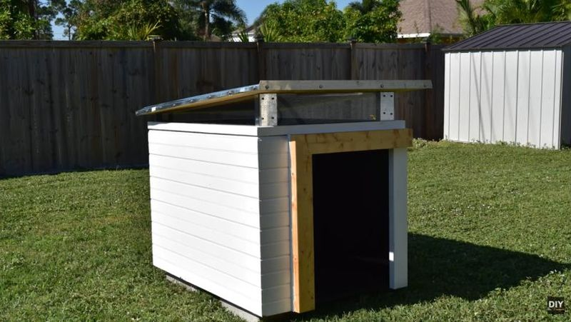 how-to-build-a-modern-dog-house_9