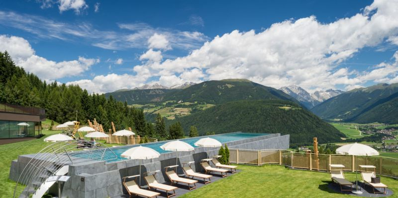 Grass rooftop makes it more surprising for sunbathers