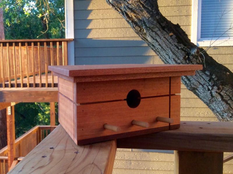Sourgrassbuilt builds birdhouses inspired from historic architecture_11