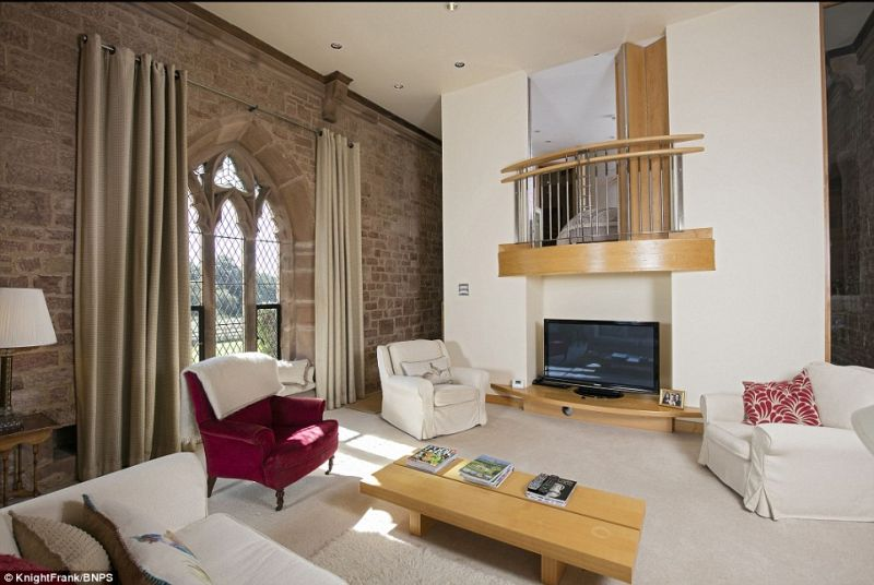 former-warwick-chapel-converted-into-home-goes-on-sale-for-725000