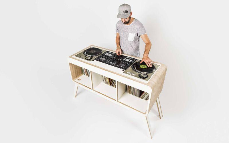 Hoerboard DJ table by David Kornmann