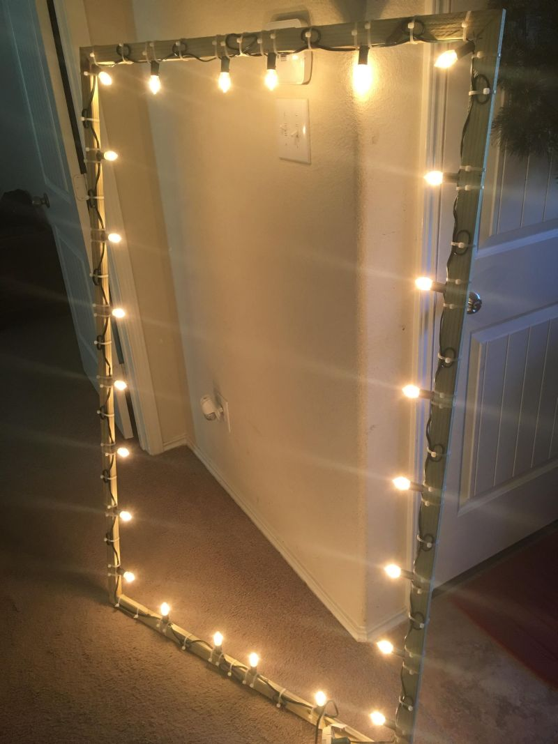 You'll Love These DIY Lighted Christmas Window Decorations for Outdoors