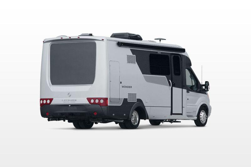 Aerodynamic shape ensures fuel effciency and least wind noise
