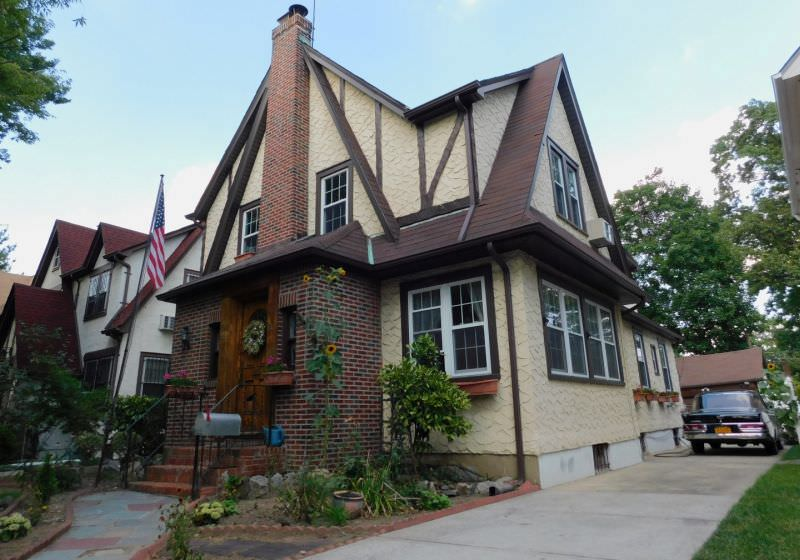 , Donald Trump childhood home auctioned