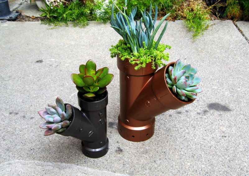 steampunk-planters-upcycled-plumbing-planters-plumbing-pipe-planter