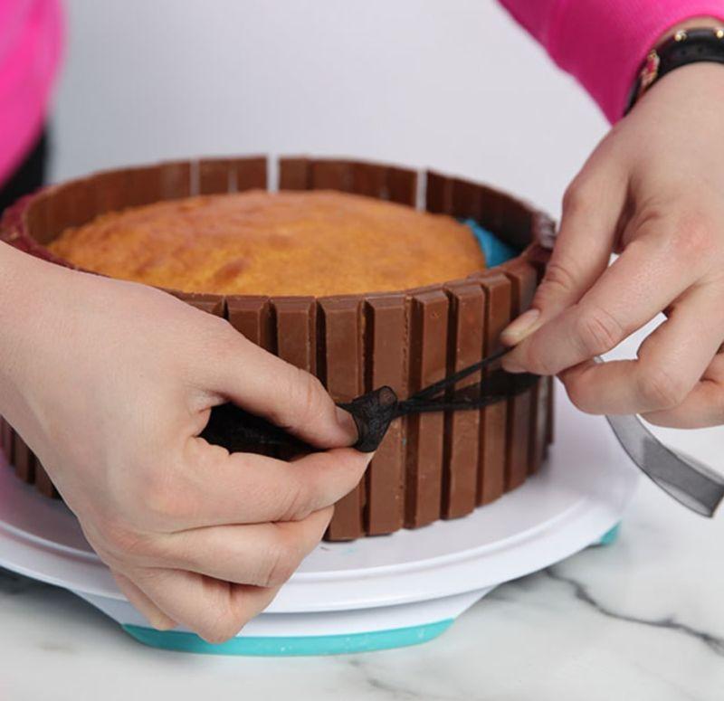 hot-tub-cake