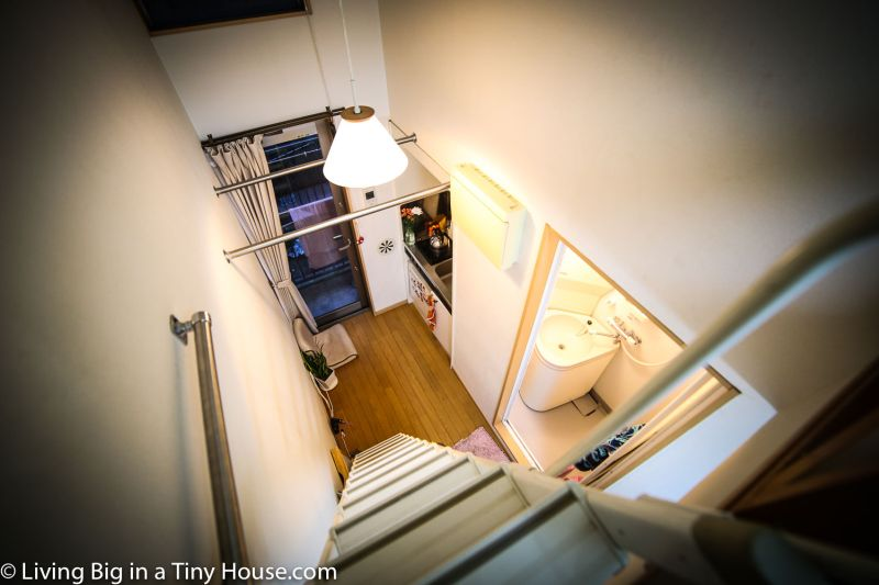 This tiny apartment in Tokyo is a cozy lady cave