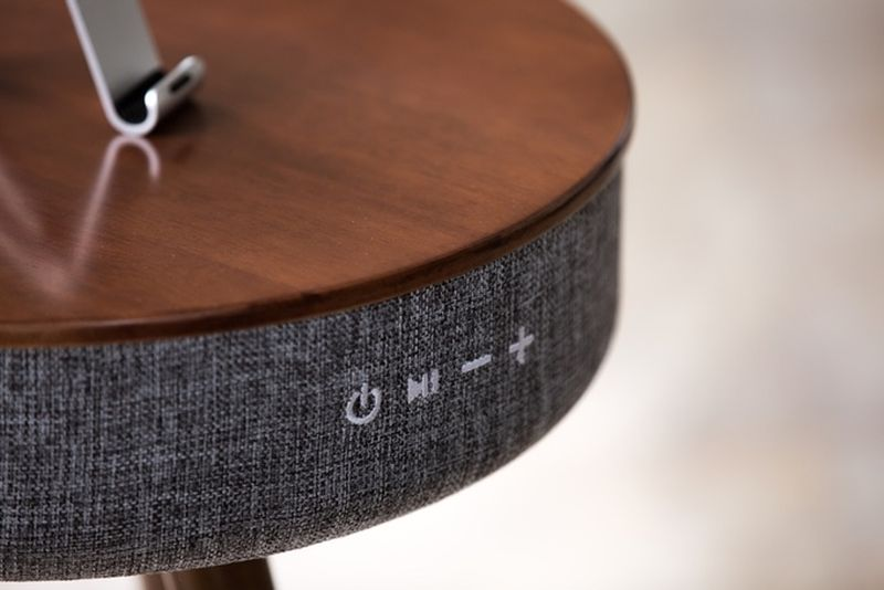 Mellow Multimedia Table