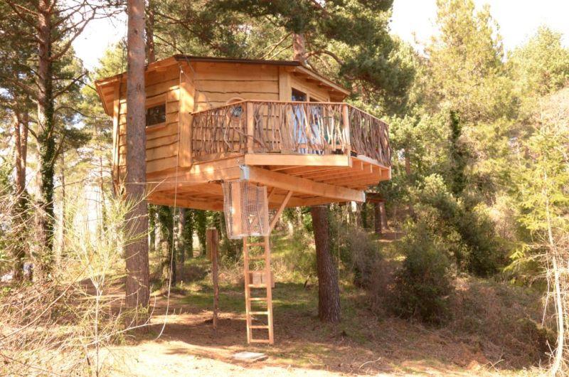 Cabana Bosqueta at Cabanes Als Arbres in La Selva, Spain