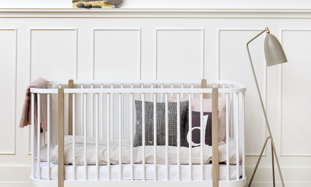 Istome-oliver-furniture-cot-bed_1