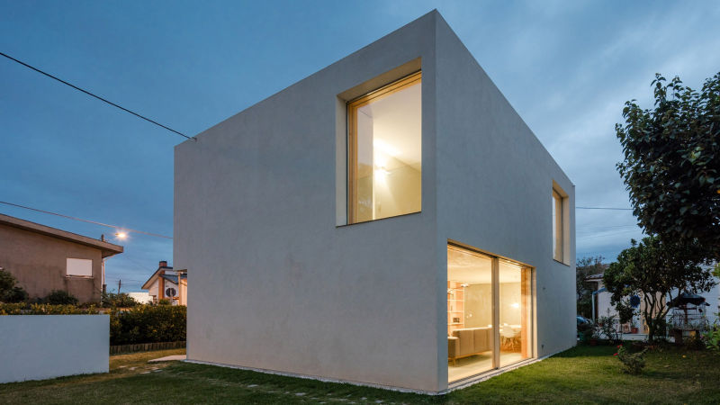 José Carlos Nunes de Oliveira builds dream family home at an affordable price
