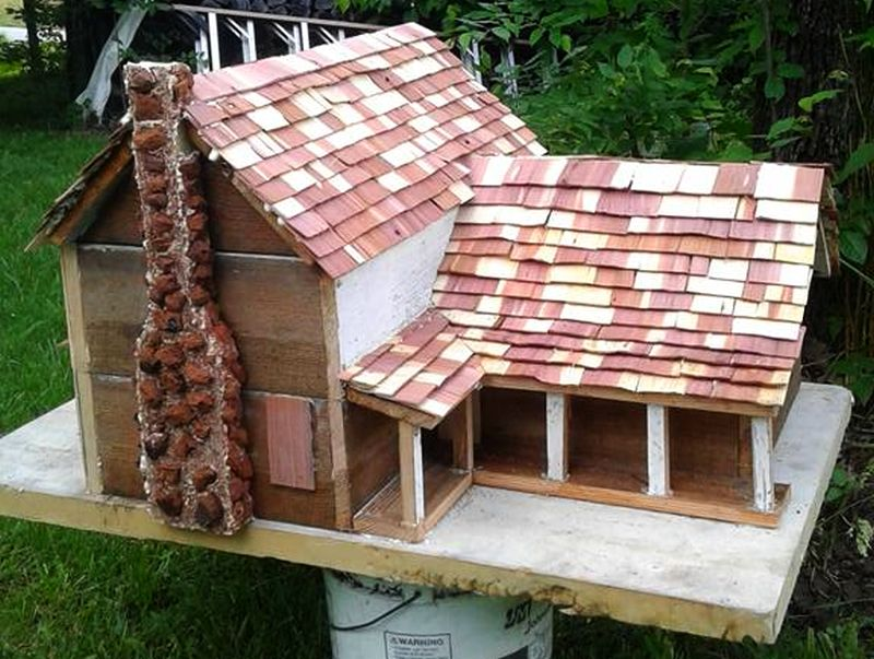 Birdhouse by a woodcrafter Roy Melton