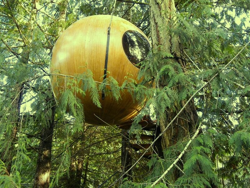 Treehouse Hotel at Free Spirit Spheres, Canada