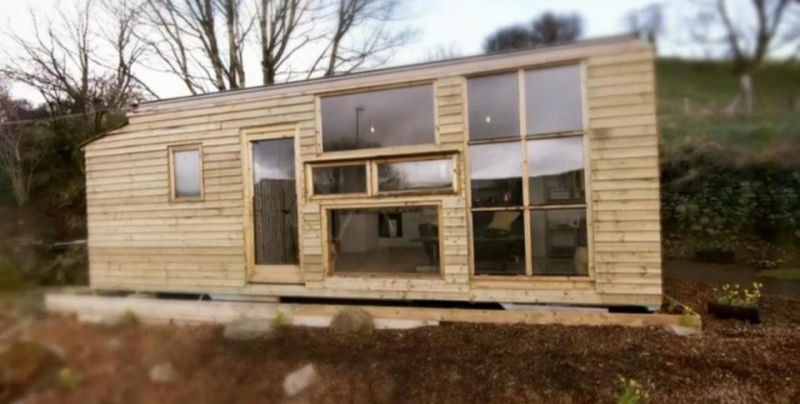 UK couple builds family home out of two old Lorries in just US$6.5k