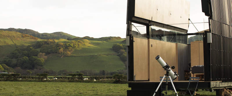 SkyHut glamping cabin by Waind Gohil + Potter Architects_1