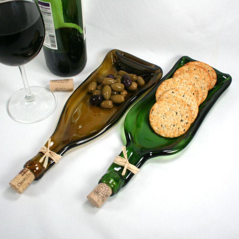 Wine bottle serving tray