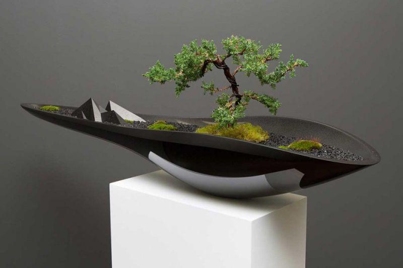 Automotive inspired planter