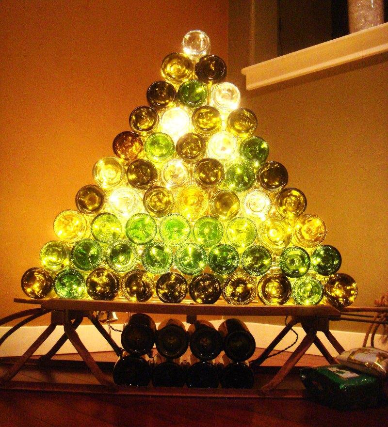 DIY Wine Bottle Christmas Tree