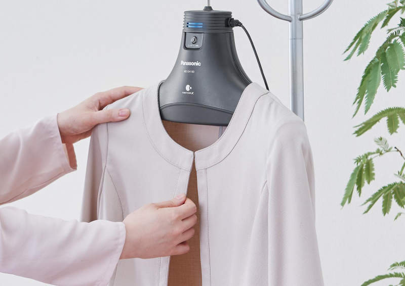 Panasonic introduces hanger that deodorizes clothes with nano water particles