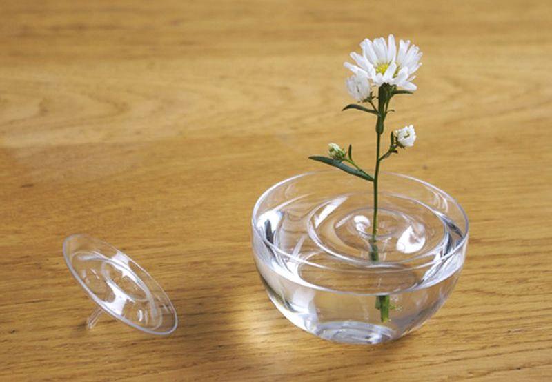 Floating Vase by Oodesign