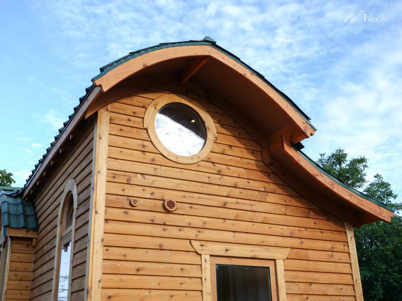 Damselfly tiny house on wheels by Zyl Vardos