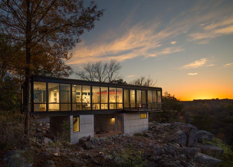 Hawk's nest designed by Wiedemann Architects