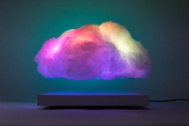 richard-clarkson-floating-cloud-