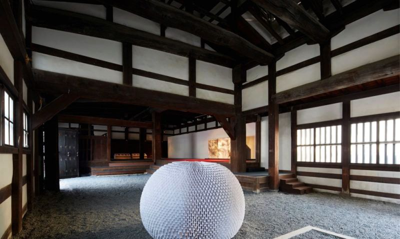 teahouse made of hundreds of paper sheets
