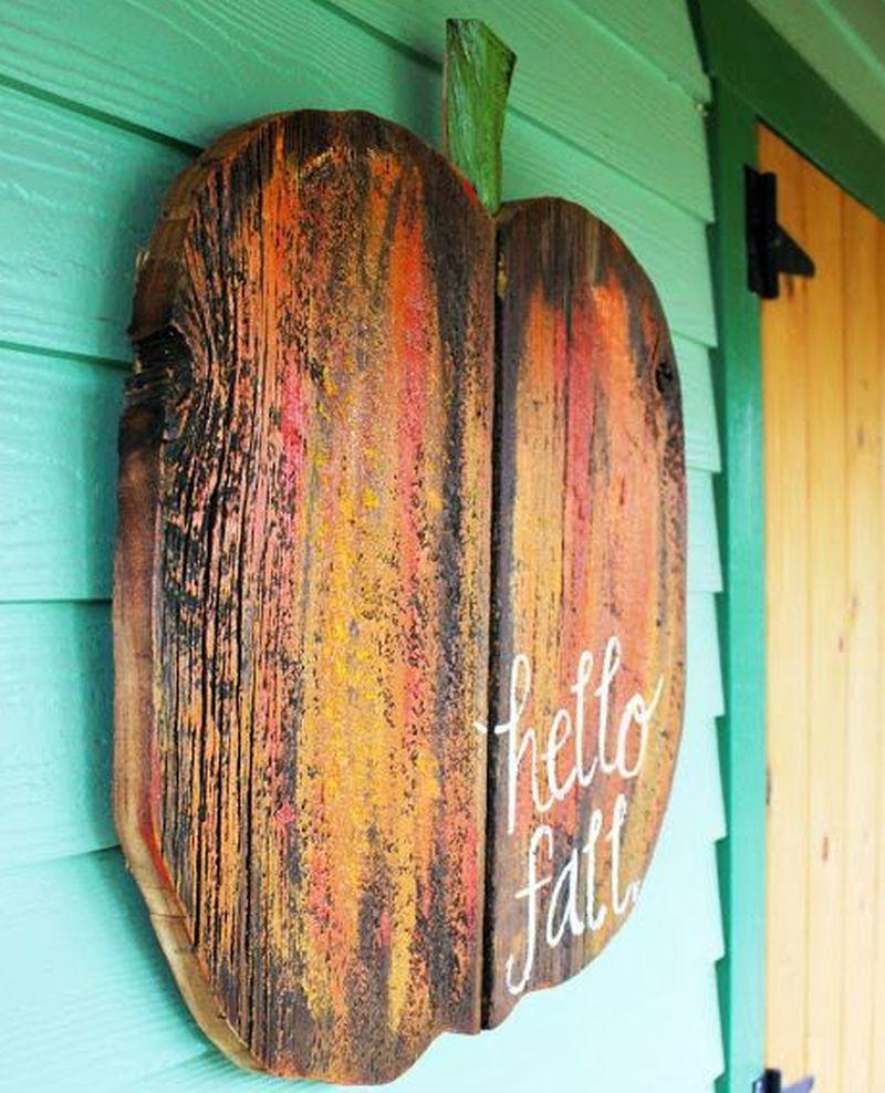 Pallet wood Halloween decoration ideas