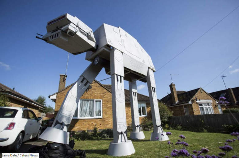 Ian Mockett builds life-size AT-AT Walker replica in his garden