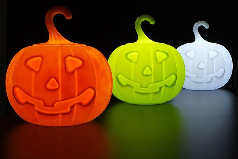 21st Design's Pumpkin-shaped lamp for Halloween