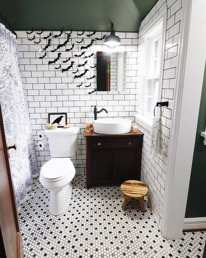 Bathroom Halloween decoration ideas