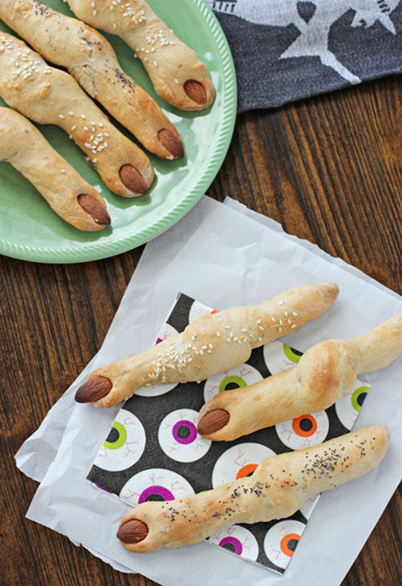 Food and tableware ideas for Halloween