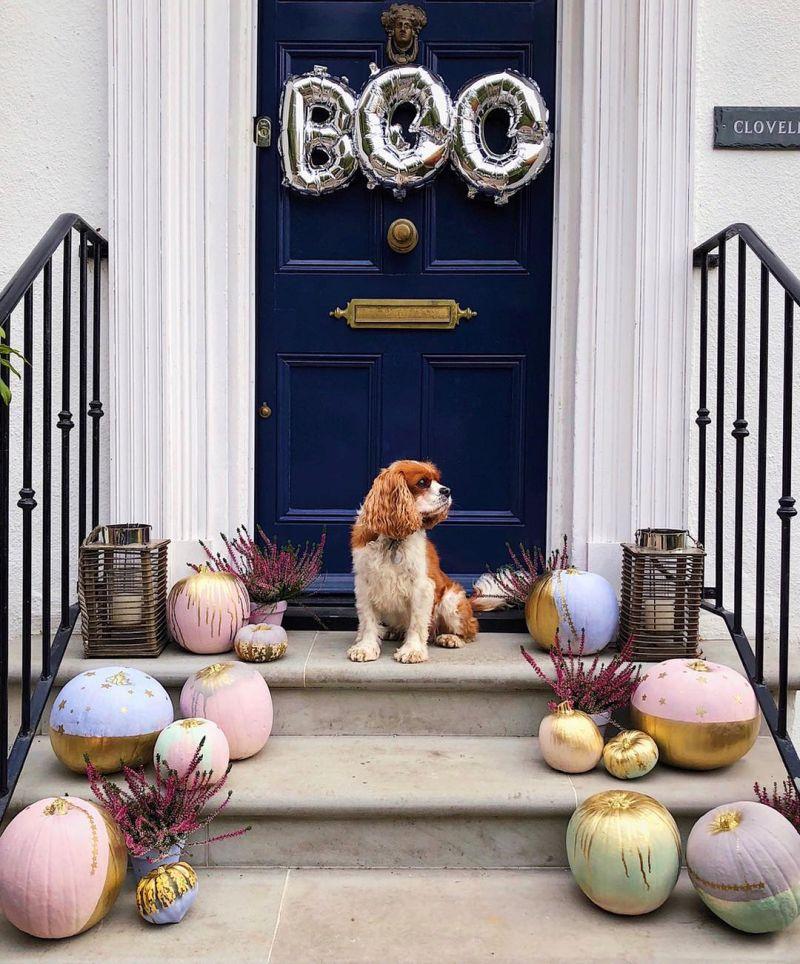 Front door decoration for Halloween - skeletons