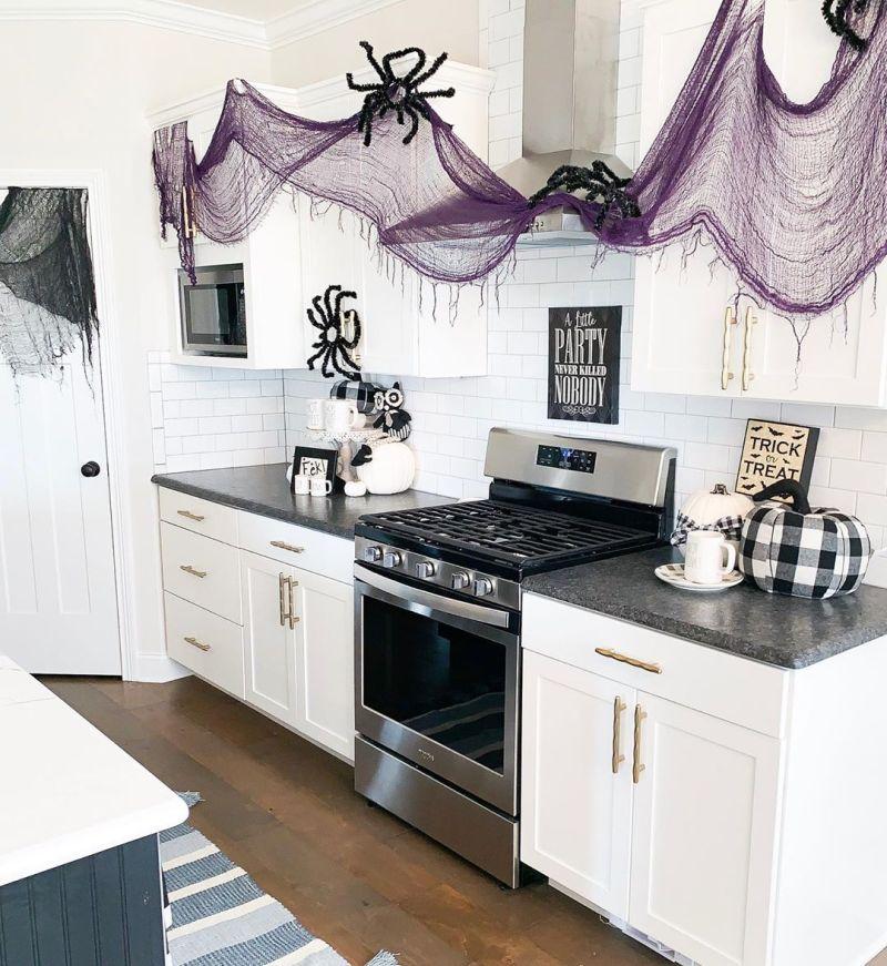 Kitchen Halloween decoration ideas