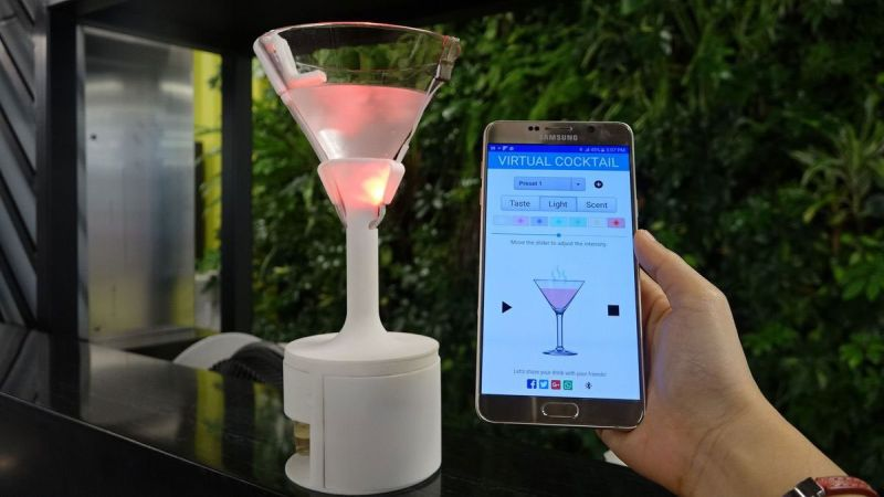 Vocktail: Virtual cocktail glass that can simulate color, taste and aroma of any drink