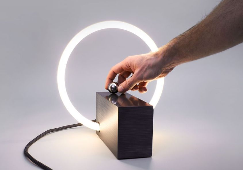 Interactive rlon L3 Table Lamp