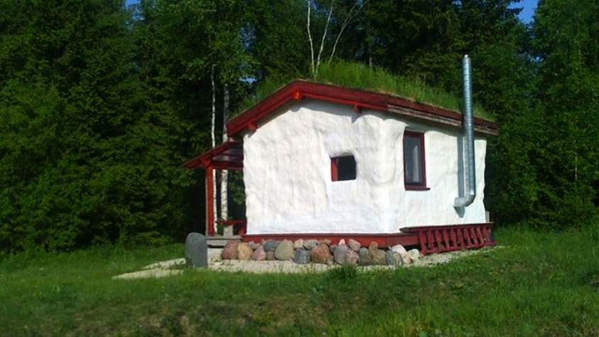 Benefits of Cob house
