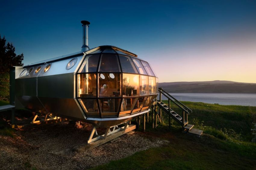 AirShip 002 Pod on Airbnb
