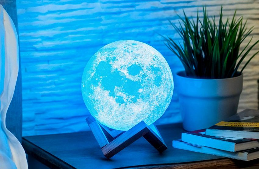 Mind-glowing 3D Moon Lamp - gifts for him