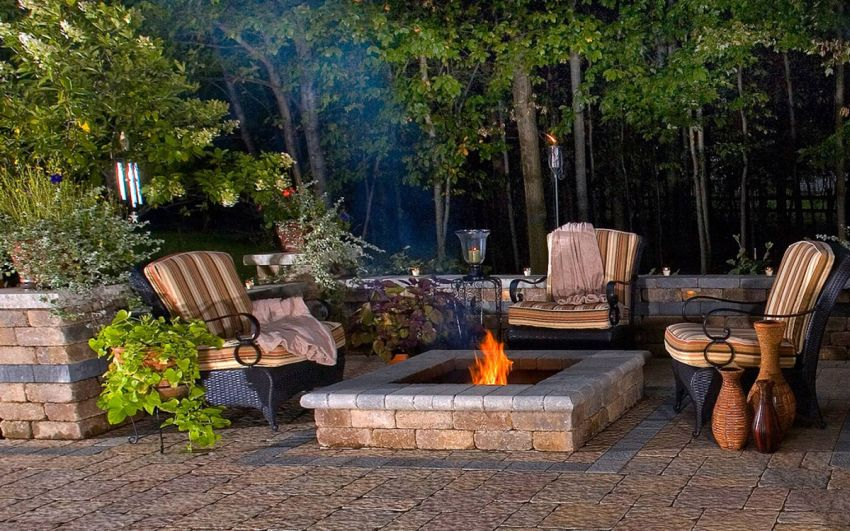 Top 10 Backyard Decorating Ideas To