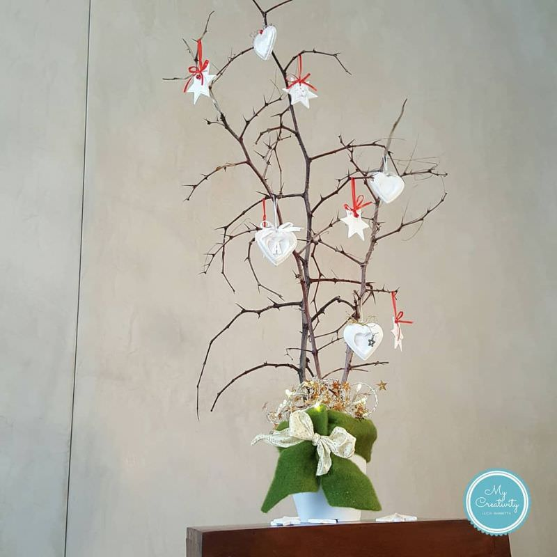 Upcycling Wood Branches and Twigs into Christmas trees